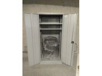 Шкаф большой для колёс на паркинг в Мурино (1)